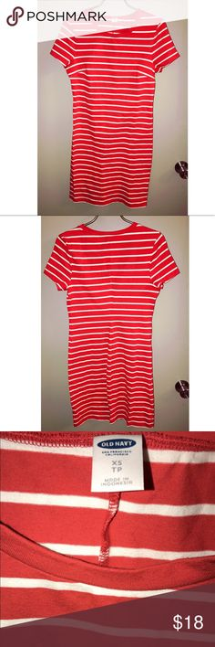 Red & White Striped Midi Dress Old Navy XS Red & White Striped Midi Short Sleeve Dress Old Navy XS Old Navy Dresses Midi