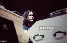 Pianist Billy Powell of Lynyrd Skynyrd performs live in November 1973 in Los Angeles, California Get premium, high resolution news photos at Getty Images Great Bands, Cool Bands, Billy Powell, Good Music, My Music, Lynard Skynard, Allen Collins, Common People, Guitar Picks