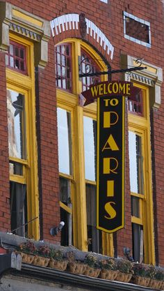 Welcome to Paris (Kentucky) -- a warm, friendly place. Such a great trip there.