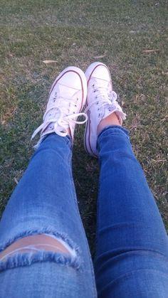 Pinterest: @13lar30 #shoes #converse #tumblr #grass #photography