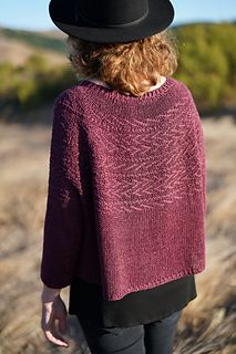 Diy Crafts - Ravelry: Elorie pattern by Elizabeth Doherty Ravelry, Oversized Mantel, Easy Knitting Projects, Woven Wrap, How To Purl Knit, Cotton Fleece, Stockinette, Pulls, Knitting Patterns