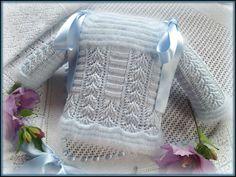 En lana, perlé y angora para bebé: Chaquetitas