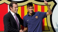 Ex-Barcelona chief Sandro Rosell held without bail