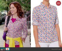 Kimmy's floral shirt on Unbreakable Kimmy Schmidt.  Outfit Details: http://wornontv.net/44534/ #UnbreakableKimmySchmidt