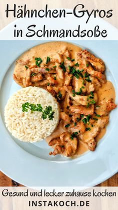 Simple chicken gyros in creamy sour cream sauce - super tasty with rice Chicken Gyros, Evening Meals, Smoothie Recipes, Chicken Recipes, Food Porn, Dinner Recipes, Food And Drink, Tasty, Stuffed Peppers