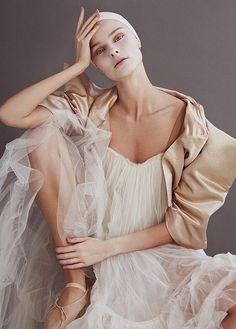 #fashioneditorial NUDE COLOR
