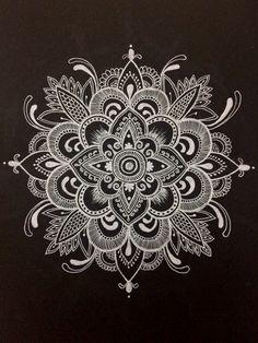 White mandala Mandala Artwork, Mandala Canvas, Mandala Drawing, Mandala Tattoo, Kolam Designs, Doodle Designs, Doodle Patterns, Cool Chest Tattoos, Magic Design