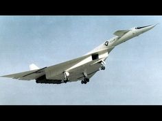 WORLDS FASTEST BOMBER Aircraft us air force XB 70 Valkyrie.