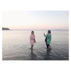 Late night Swedish delight 🍬 @nicolinen and @stellatraveler in candy colored #stutterheim #swedishsummernights  #swedishmelancholy