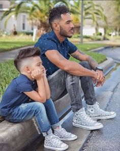Father and Son Matching Outfits - - Father And Baby, Daddy And Son, Dad Baby, Dad Son, Family Picture Poses, Family Photos, Father Son Photography, Toddler Boy Photography, Father Son Matching Outfits