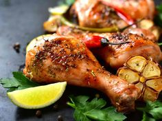 How to cook chicken legs in the oven? There are hundreds and hundreds of recipes which will help you cook a tasty lunch or dinner for your family. Chicken legs are not only tasty, but low Chicken Spices, Chicken Legs, Slow Cooker Chicken, How To Cook Chicken, Lemon Chicken, Tortas Low Carb, Chicken Leg Recipes, Slow Cooker Desserts, Recipe For Mom