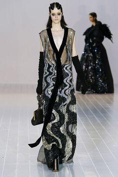Gaga and Goth: Marc Jacobs Fall 2016   Hint Fashion Magazine