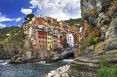 De San Gimignano a Cefalú, 20 povoados italianas que merecem uma viagem