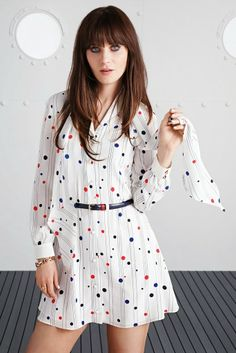 Zooey in another cute as pie dress from her Tommy Hilfiger collection