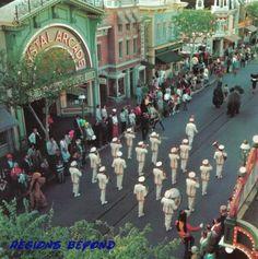 Disneyland - Old Photos and Ephemera Thread - MiceChat