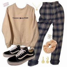 Tween Fashion, Teen Fashion Outfits, Mode Outfits, Retro Outfits, Grunge Outfits, Vintage Outfits, Girl Outfits, Girl Fashion, Swag Outfits