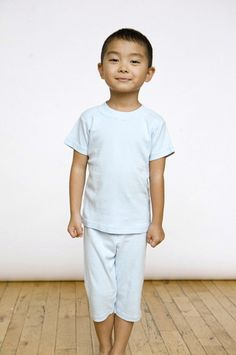 Organic cotton pajamas in sky blue feature short sleeved top and cropped pant. Sizes 9/12 mos to youth 10.