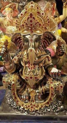 Lord Radha Krishna Love Images Full Size Photo Gallery of Shri God Jai Ganesh, Ganesh Lord, Shree Ganesh, Ganesh Statue, Ganesha Art, Lord Vishnu, Shri Ganesh Images, Ganesha Pictures, Lord Murugan Wallpapers