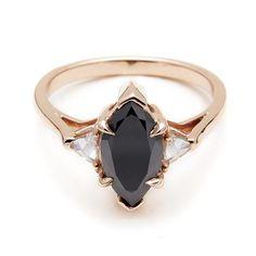 Marquise Bea Ring - Black Diamond