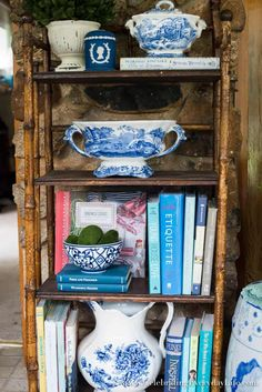 How to easily style bookshelves! Add a bit of summer lightness and brightness with this Bookshelf Styling in Blue & White tutorial! White Bookshelves, French Country Living Room, Young House Love, Bookshelf Styling, Bamboo Furniture, Vase Fillers, White Gardens, Etiquette, Vignettes