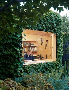 A creative writer is living the Walden dream in this secluded backyard shed in Melbourne's eastern suburbs! Australian Architecture, Australian Homes, Architecture Design, Fresco, Lush, Sydney Gardens, Zen, Back To Nature, Victorian Terrace