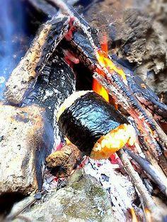 焚き火で温め中です! - 151件のもぐもぐ - 焼きおにぎり? by miyako8940