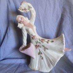 Vintage Hedi Schoop Vase Lady with Fan by Susiessecretvintage, $75.00