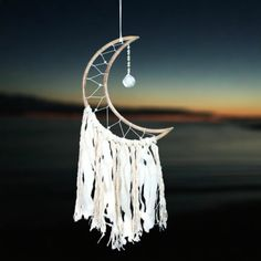 Faceted Crystal, Crystal Ball, Moon Dreamcatcher, Dreamcatchers Diy, Moon Silhouette, Dream Catcher Craft, Home Decor Colors, Decorative Accessories, Car Accessories