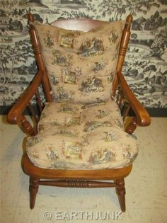 Tell City Cricket Chair Hard Rock Maple Upholstered Stationery 6200 Refurbished Furniture, Vintage Furniture, Furniture Decor, Maple Furniture, Rustic Cottage, American Decor, Early American, Aprons, Country Decor
