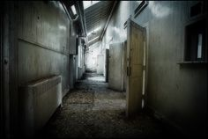 Haunted Asylums, Psychiatric Hospital, Creepy Pictures, Most Haunted, Abandoned, Around The Worlds, Lost, School, Beauty