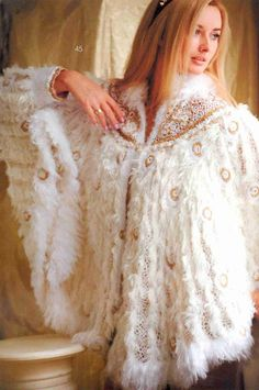 Patrón #1433: Chal Pavo Real a Crochet #ctejidas http://blgs.co/t6T256