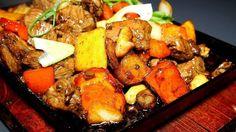 La vuelta al mundo en 12 restaurantes - Comida internacional - Time Out Madrid Carne Asada, Pot Roast, Planes, Madrid, Ethnic Recipes, Food, World, Restaurants, Essen