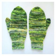 226/365: Hand spun wool mittens. #knit #knits #knitting #mittens #handknit #handspun #handmade #wool #poemsaboutmeshop #poemsaboutmeknits #etsy