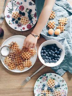 mini waffles - summer time treat #niechmowiazdjecia #ladnebebe #bakeshop
