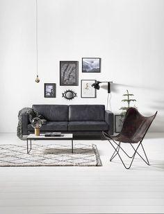 Scandinavische woonkamer met Varamin kleed  Scandinavian livingroom with Varamin carpet   KARWEI 1-2018