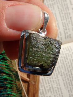 HIGH VIBRATIONS~ INCREDIBLE GREEN GENUINE MOLDAVITE PENDANT  NEW In the SHOP HERE: