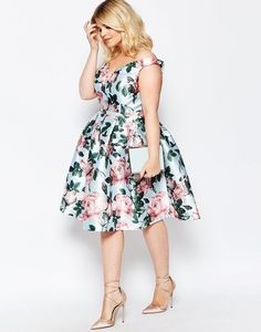 Shop the latest Chi Chi London Plus Bloom Printed Bardot Prom Dress trends with ASOS! Plus Size Blog, Moda Plus Size, Looks Plus Size, Look Plus, Dress Plus Size, Plus Size Outfits, Plus Size Fashion For Women, Plus Size Women, Mode Bollywood