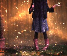 It's raining glitter! That would be so awesome!