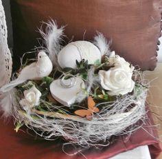 Tischgesteck  - Ein Gänseei ist der Hahn im Korb  von *La Isla Sun*  auf DaWanda.com