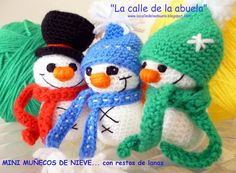 We continue to take advantage of the wool and, on this occasion, as we are at Christmas, we will knit some small free crochet snowman pattern. Crochet Snowman, Christmas Crochet Patterns, Holiday Crochet, Christmas Yarn, Christmas Crafts, Christmas Decorations, Christmas Ornaments, Crochet Gratis, Free Crochet