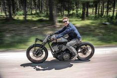 Motorcycle builder Roland Sands has slotted the 111ci engine from an Indian Chieftain into a vintage-style boardtracker custom. The result is stunning.