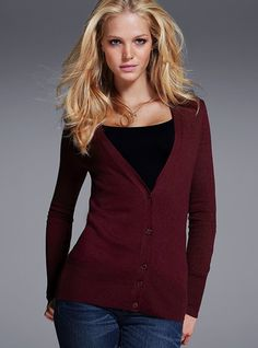 AHHH another cardigan! I'm being taunted by the cardigan gods.