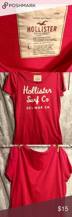 🎀women's pink T🎀 🛍Women's size L Hollister pink T-shirt🛍 Gently used, lots of Love left💝 Hollister Tops Tees - Short Sleeve