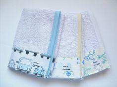 - Kit com 3 panos de boca; <br>- Pode ser confeccionado em tecido atoalhado, fralda ou malha; <br>- Temos diversas estampas, consulte-nos.
