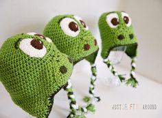 Newborn Dinosaur Hat Knitting Pattern : 1000+ images about Crochet on Pinterest Baby bonnet pattern, Crochet patter...