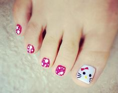 Kitty Toe Nails
