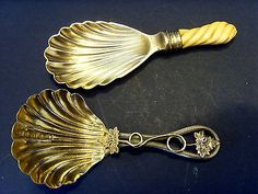 TWO 19thC ANTIQUE TEA CADDY SPOONS, STERLING SILVER & SILVER PLATED.