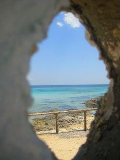 Punta Prosciutto Nel Salento, vicino a Torre Lapillo, mare trasparente