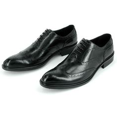 Sometimes you might be asked to dye your shoes to coordinate with the outfit that you wear for different occasions. Now you know how to dye wedding shoes, it's possible to easily customize yo… Designer Dress Shoes, Gentleman Shoes, Black Dress Shoes, Buy Shoes Online, School Shoes, Dressed To Kill, Wedding Shoes, Loafers Men, Groom