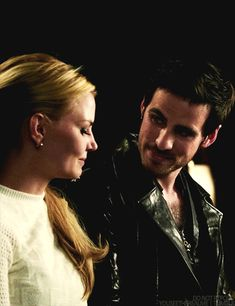 Once Upon a Time | Emma and Killian (gif)